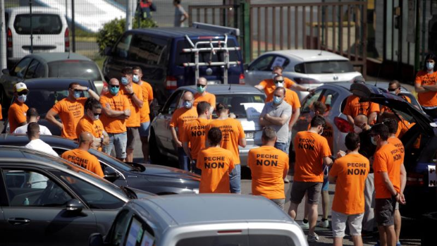 Riesgo amenaza con cerrar si siguen las protestas en La Coruña