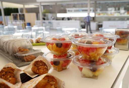 Imagen del buffet individualizado para los clientes del Hotel Port de Benidorm