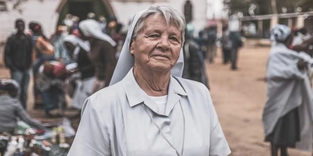 Image Una misionera zamorana de 74 años que trabaja en Angola, imagen de la campaña del Domund