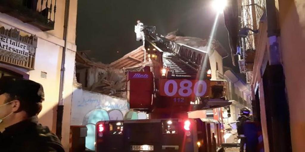 Se derrumba un edificio deshabitado en el Barrio Húmedo de León
