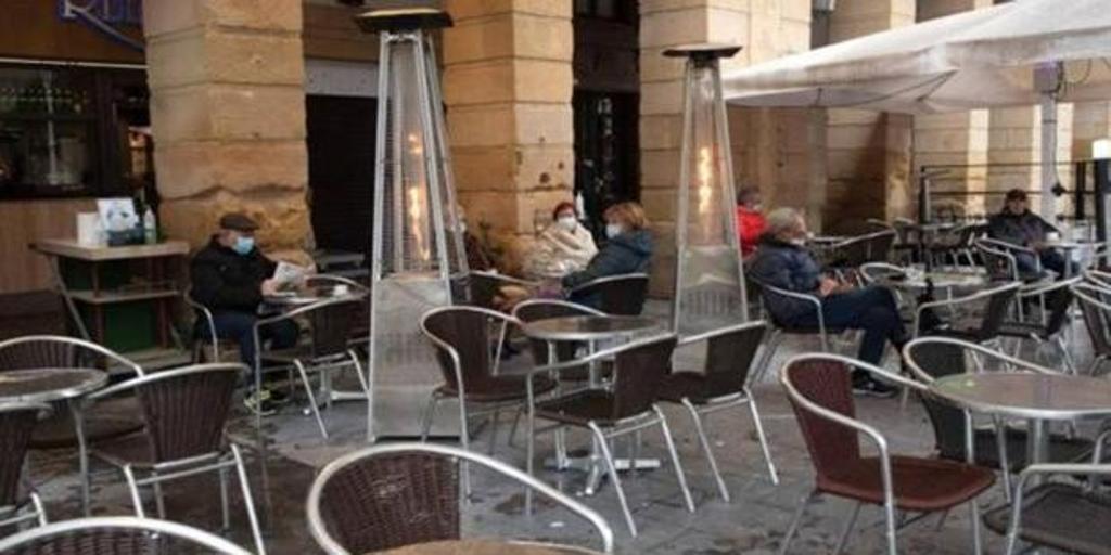 Los locales de ocio nocturno podrán cerrar a las tres y la hostelería a las dos en Castilla-La Mancha