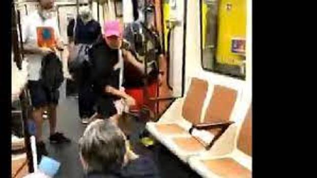 Prisión sin fianza para el joven que agredió en el ojo al enfermero en el Metro