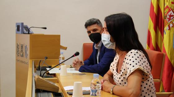 Imagen de la síndica de Cs, Ruth Merino, en rueda de prensa junto al diputado Carlos Gracia
