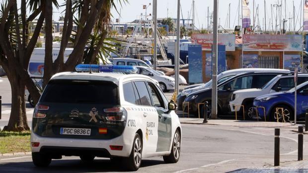 Imagen de una patrulla de la Guardia Civil en Alicante