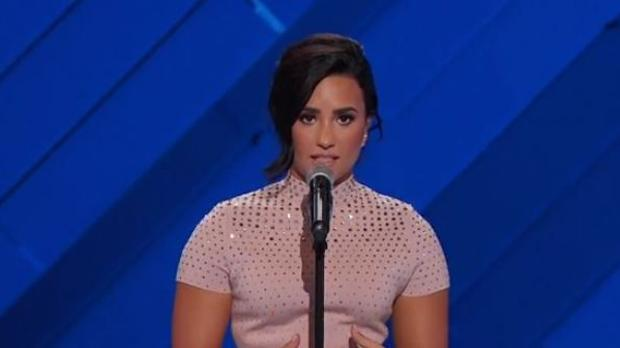 Demi Lovato, durante su discurso en la convención demócrata en Filadelfia
