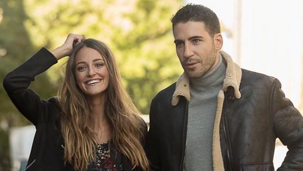 Miguel Ángel Silvestre y Andrea Molina