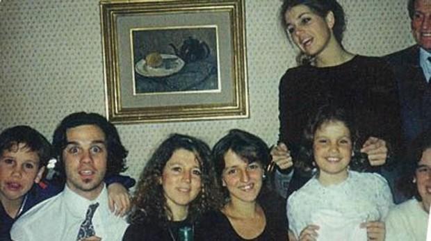 Máxima de Holanda con sus hermanos