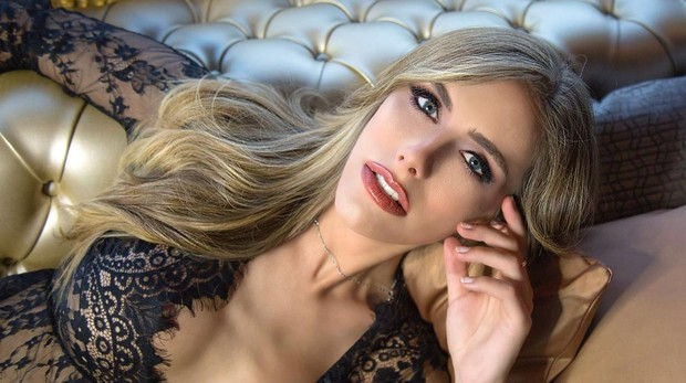 80af1ee3b77f Miss Universe Spain: Ángela Ponce, la primera trans candidata a Miss  Universo: «Quiero dar una lección al mundo»