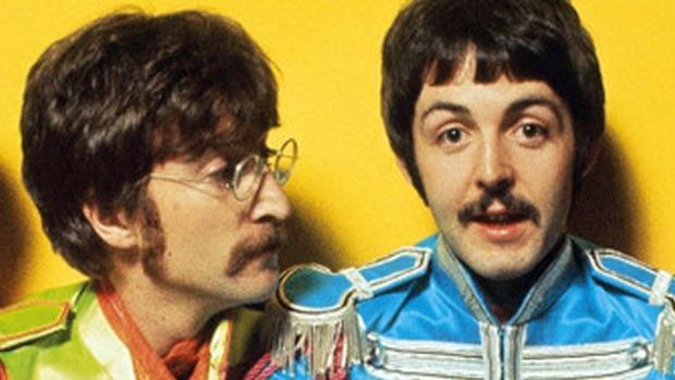 Las confesiones sexuales de Paul McCartney: prostitutas, Las Vegas y...  John Lennon