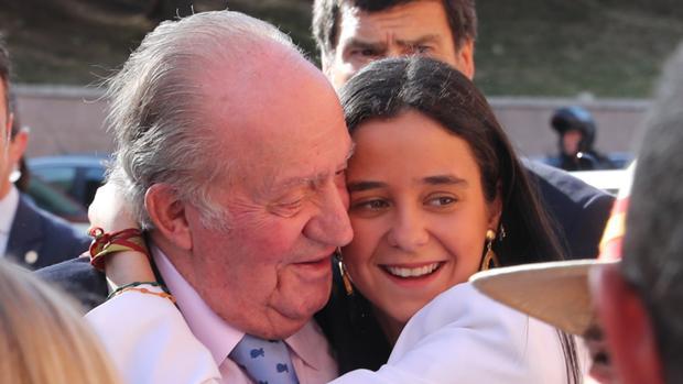 Don Juan Carlos junto a su nieta Victoria Federica
