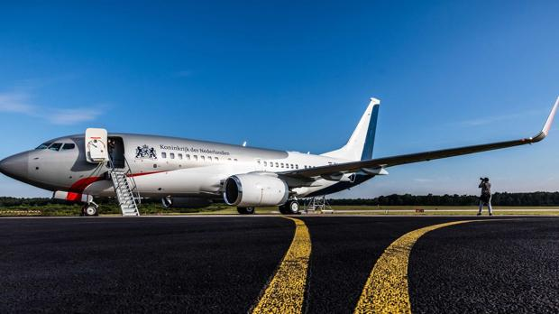 90 millones ha costado el nuevo Boing 737 Business Jet, equipado con sillones d epiel y pantallas planas