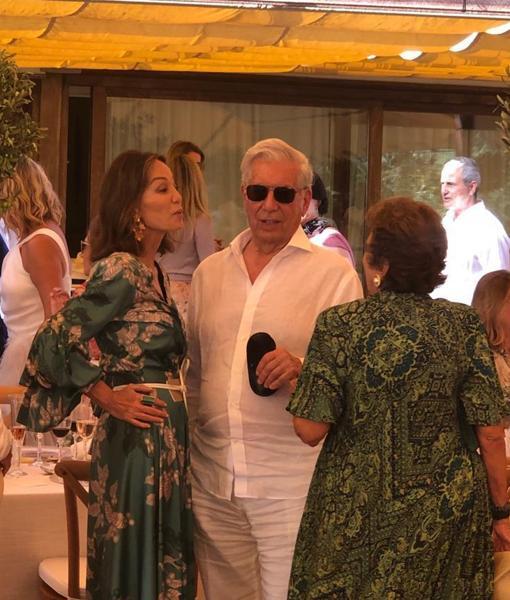 Isabel Preysler y Mario Vargas Llosa en la boda de Susana Gallardo y Manuel Valls