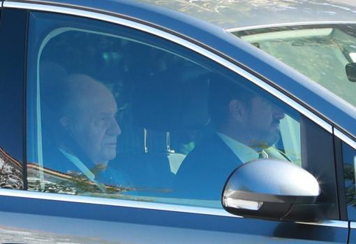 Don Juan Carlos, a su llegada a la villa