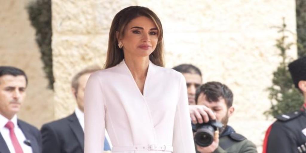 Rania de Jordania demuestra una vez más que es un icono de estilo