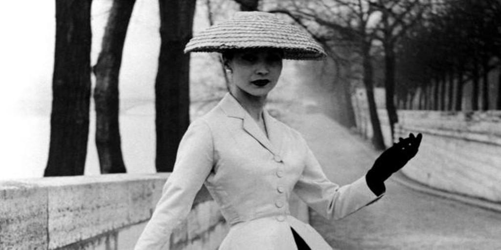 Siete décadas «coronadas» bajo el sombrero de Dior