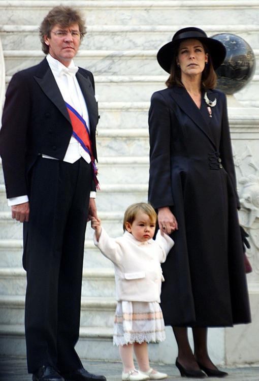 Ernesto de Hannover junto a Carolina de Mónaco y su única hija en común, Alexandra