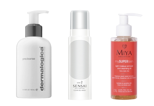 From left to right: Precleanse by Dermalogica, an ideal oily formula for combination and oily skin (€ 48.99, only at Sephora);  Sesai Silky Purifying Clear Gel Wash without foam (€ 59);  Light oil to clean and remove makeup mySuperskin by Miya Cosmetics (€ 11.95).
