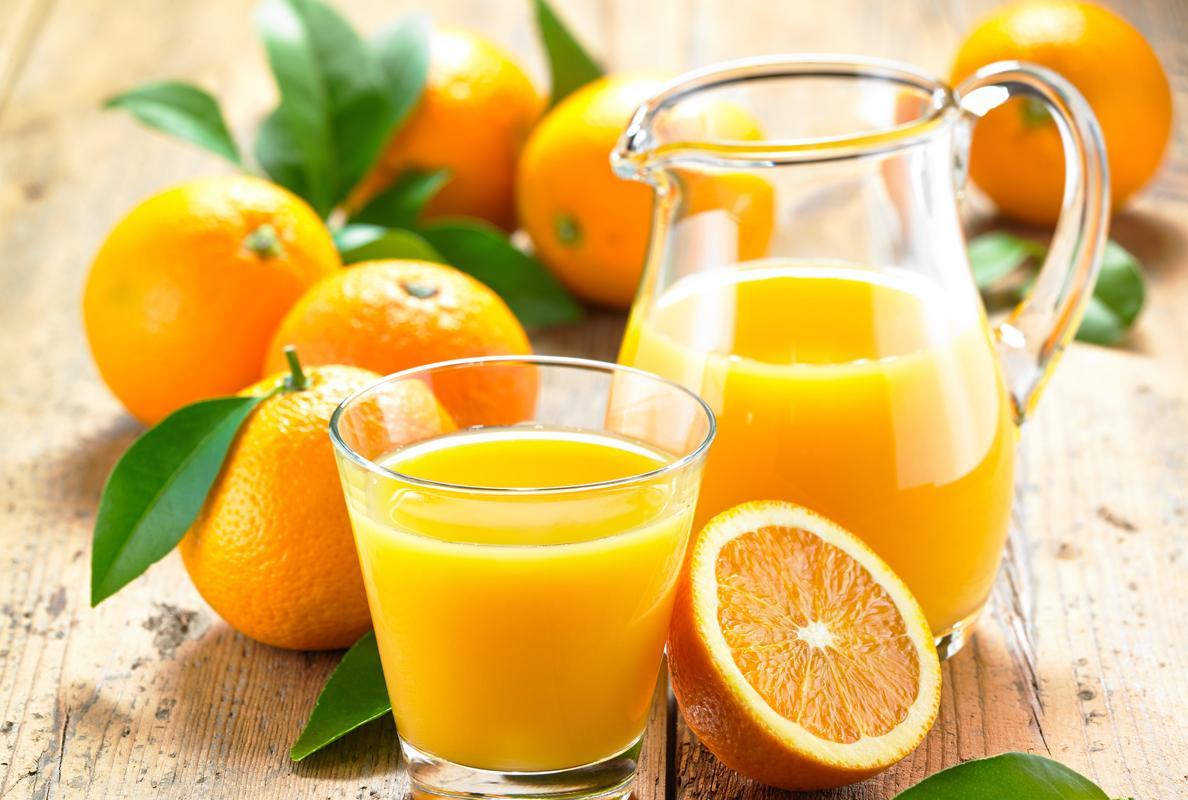 Un vaso de zumo diario aporta el 65% de vitamina C que necesita ...