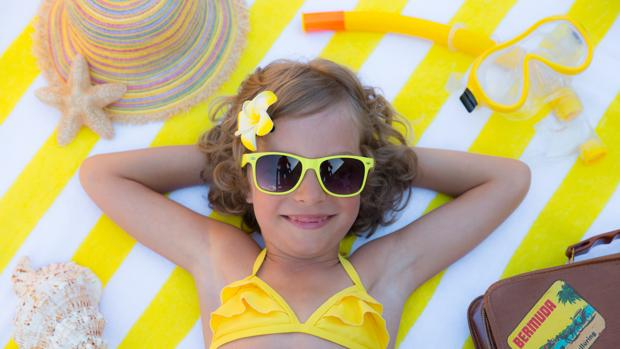 8dd752408 La importancia de que los niños usen gafas de sol