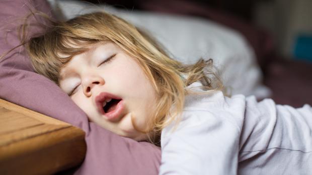 Cómo ayudar a los niños a dormir solos en su cuarto