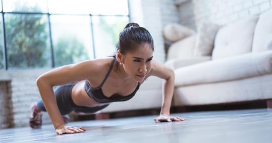 Rutina de ejercicios en casa: con 15 minutos al día cambiarás tu ...
