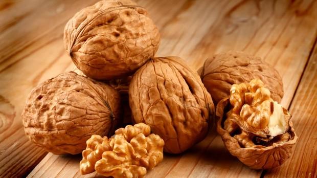 beneficios de comer nueces en el embarazo