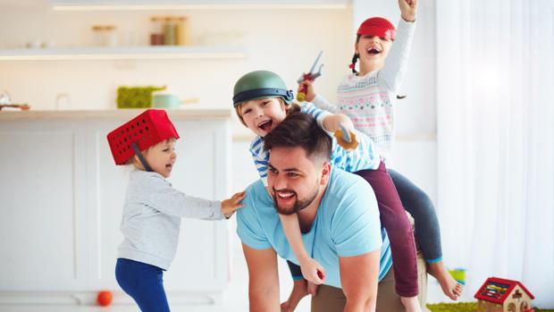 Resultado de imagen de jugar con los hijos imagenes