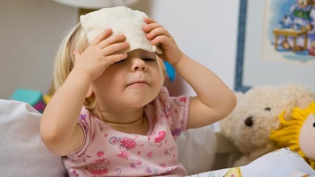 como bajar la fiebre niño de 9 años