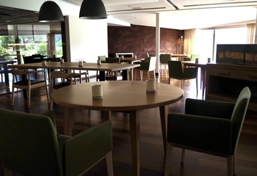 Image of the room of the Casa Solla restaurant, empty, before its reopening