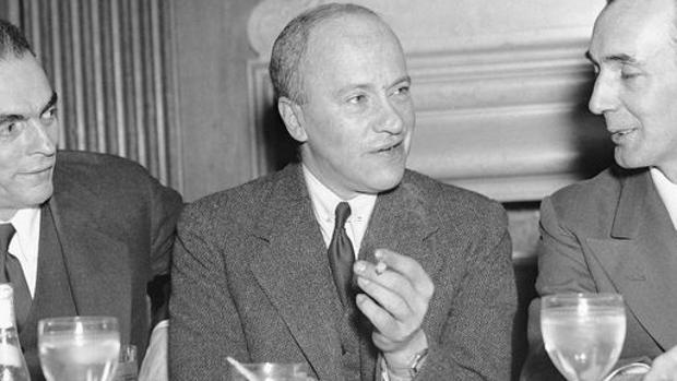 Walter Duranty (centro), durante un almuerto en honor a los corresponsales ofrecido por AFP en 1936