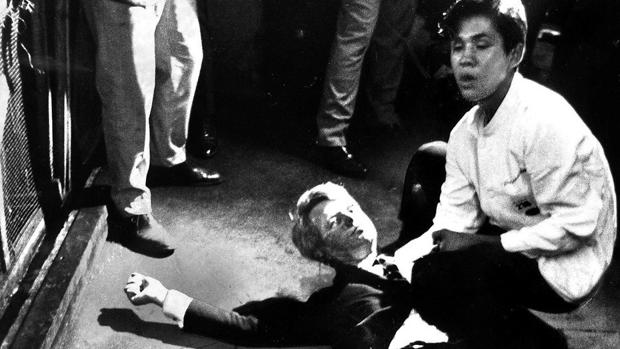 Juan Romero: sujetando la cabeza de Robert Kennedy a las puertas ...