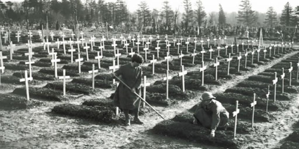 La colosal (e imposible) batalla de Estados Unidos por enterrar a los  muertos de la «gripe española» en 1918