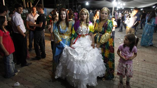 Una novia kurda en la ciudad turca de Hakkari en 2010