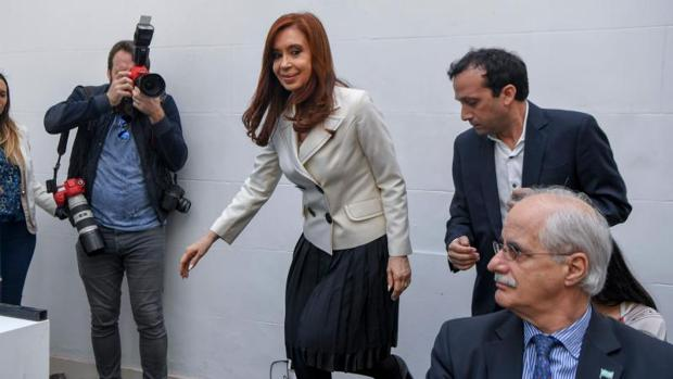 Cristina Fernández, candidata de Unidad Ciudadana, comparece este martes en una rueda de prensa en Buenos Aires