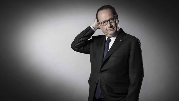 François Hollande, en su última sesión fotográfica antes de abandonar el Elíseo