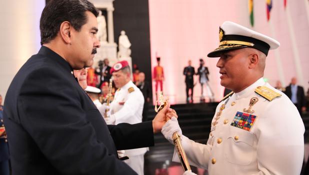 Nicolás Maduro participa en una ceremonia de ascensos a oficiales de la Fuerza Armada Nacional