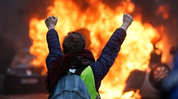 Un español residente en París, sobre las protestas: «La situación ha empeorado, hay más violencia»
