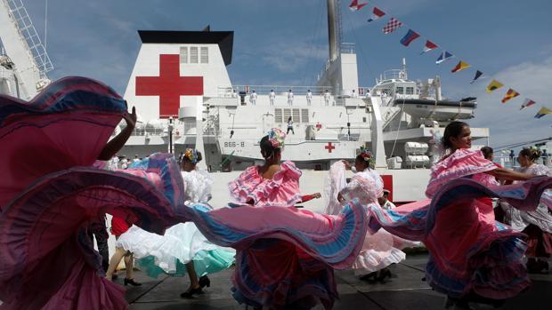 Un buque hospital chino llega al puerto La Guaira en Venezuela