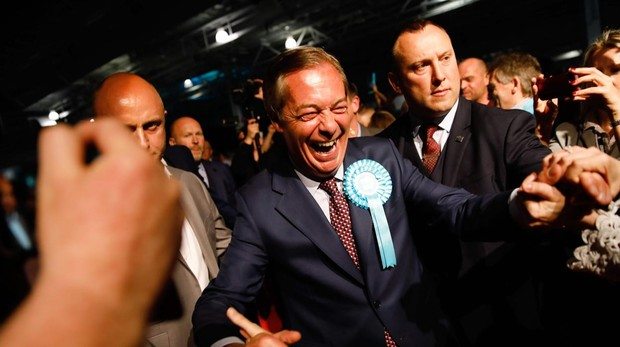 Nigel Farage, ayer en Londres a su llegada a un acto para las elecciones al Parlamento Europeo