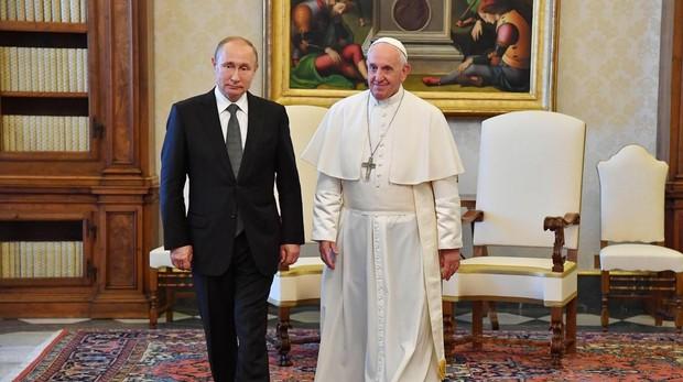 Vladimir Putin y el Papa Francisco, hoy en el Vaticano