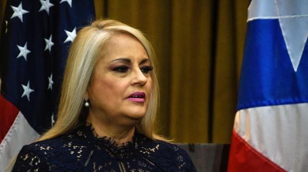 Puerto Rico nombra a su tercer gobernador en cinco días