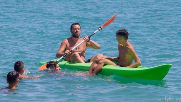 Salvini responde a Richard Gere que «acoja a los inmigrantes en sus mansiones»