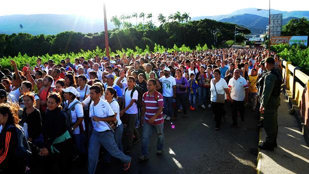 Guaidó alerta que los venezolanos en el exterior rozarán los 8 millones en 2020