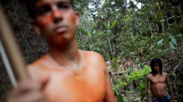 Imagen de archivo de la tribu Mura, que habita en la Amazonia brasileña