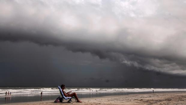 Carolina del Sur ordena la evacuación de zonas costeras por el huracán Dorian