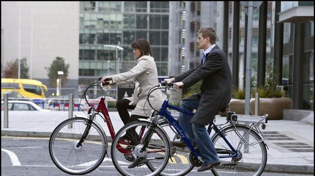 Un diputado alemán exige más vacaciones para quienes van al trabajo en bicicleta