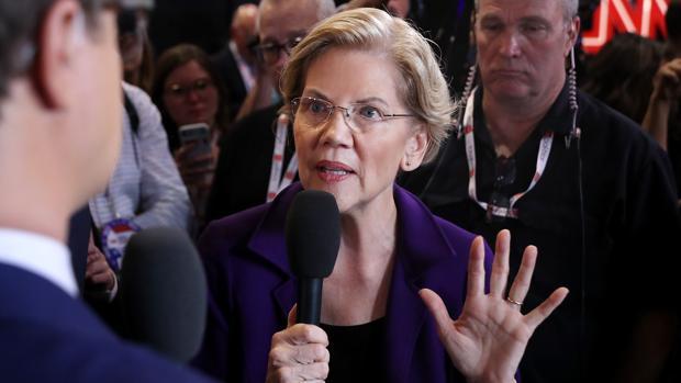 Elizabeth Warren ya actúa como favorita en las primarias demócratas