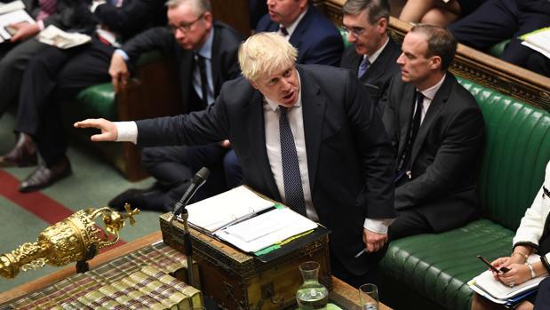 El Parlamento británico vota hoy la propuesta de Johnson de convocar elecciones el 12 de diciembre