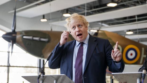Oligarcas rusos han donado más de 600.000 euros al partido de Johnson