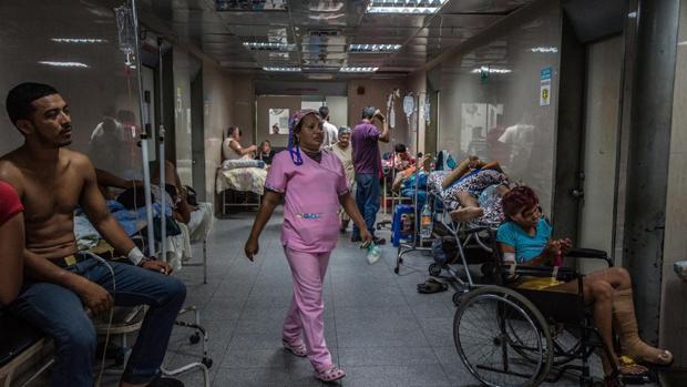 Los venezolanos se mueren en sus casas por colapso de los hospitales